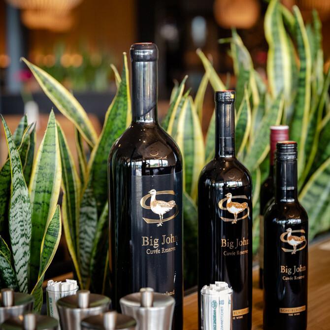 Eine kleine Auswahl des Weinsortiments im Gasthaus in Villach Umgebung