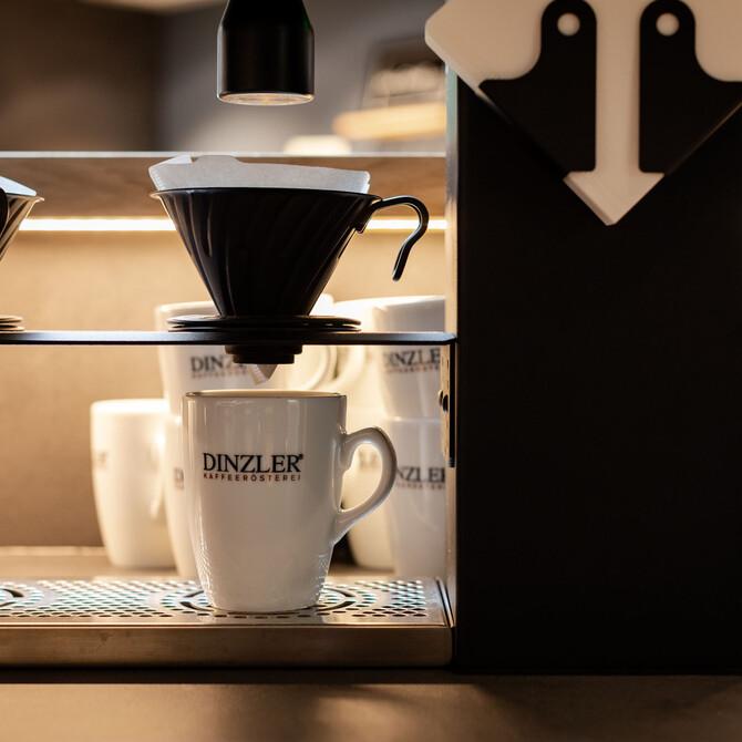 Nahaufnahme des regionalen Kaffees beim Frühstück und Brunch bei Villach